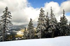 Χιονοδρομικό κέντρο Spindleruv Mlyn, Medvedin, Krkonose, Δημοκρατία της Τσεχίας στοκ εικόνες
