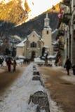 Χιονώδες Chamonix de Mont Blanc σε μια ημέρα των Χριστουγέννων Στοκ εικόνες με δικαίωμα ελεύθερης χρήσης