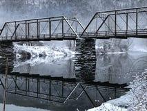 Χιονώδης γέφυρα στοκ φωτογραφίες με δικαίωμα ελεύθερης χρήσης