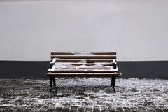 Χιονώδης οδός στο χειμώνα στοκ φωτογραφίες