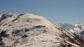 Χιονώδη βουνά κοντά στο ST Moritz - Ελβετία απόθεμα βίντεο