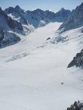 Χιονώδεις αιχμές στις ευρωπαϊκές Άλπεις Στοκ φωτογραφίες με δικαίωμα ελεύθερης χρήσης