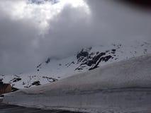 Χιονώδεις ελβετικές Άλπεις Στοκ φωτογραφίες με δικαίωμα ελεύθερης χρήσης