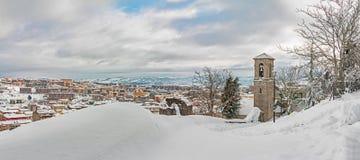 Χιονώδες αστικό τοπίο Στοκ φωτογραφία με δικαίωμα ελεύθερης χρήσης