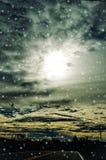 Χιονώδης δρόμος ουρανού Στοκ φωτογραφίες με δικαίωμα ελεύθερης χρήσης
