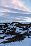 Χιονώδης χειμερινή σκηνή σε Σκανδιναβία Στοκ φωτογραφίες με δικαίωμα ελεύθερης χρήσης