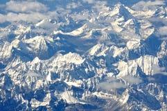 Χιονώδη βουνά Στοκ φωτογραφία με δικαίωμα ελεύθερης χρήσης
