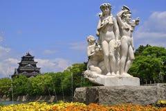 Χιροσίμα Castle & άγαλμα Στοκ Εικόνες