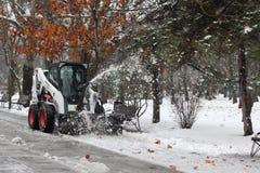 χιόνι αρότρων Στοκ φωτογραφία με δικαίωμα ελεύθερης χρήσης