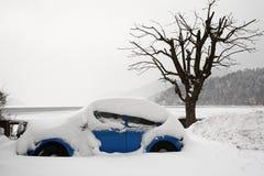 χιόνι αυτοκινήτων Στοκ Φωτογραφία