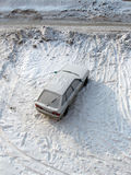 χιόνι αυτοκινήτων στοκ φωτογραφία με δικαίωμα ελεύθερης χρήσης
