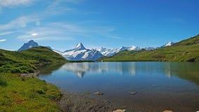 χιόνι βουνών τοπίων στοκ φωτογραφία