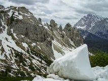 Χιόνι και παγόβουνα στους δολομίτες, Ιταλία στοκ εικόνες με δικαίωμα ελεύθερης χρήσης