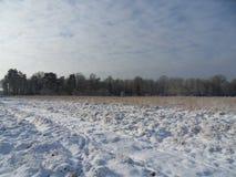 χιόνι και σύννεφα Στοκ φωτογραφία με δικαίωμα ελεύθερης χρήσης