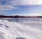 Χιόνι και ωκεανός Στοκ Εικόνες