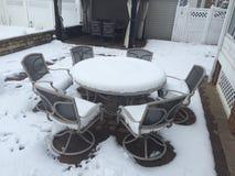 Χιόνι κατωφλιών στοκ φωτογραφία