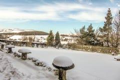 Χιόνι πέρα από τους λόφους του Derbyshire Στοκ Εικόνες