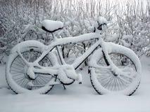 χιόνι ποδηλάτων Στοκ Φωτογραφίες