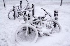 χιόνι ποδηλάτων Στοκ Φωτογραφία