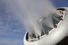 Χιόνι που κατασκευάζει τη μηχανή Στοκ Φωτογραφίες