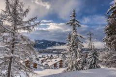 χιόνι στα όρη Στοκ εικόνα με δικαίωμα ελεύθερης χρήσης