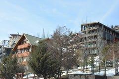 Χιόνι χιονοδρομικών κέντρων και βουνών Στοκ Εικόνα