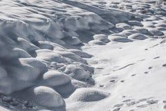 Χιόνι hoarfrost με τη σκιά και τη σκιά Στοκ Φωτογραφίες