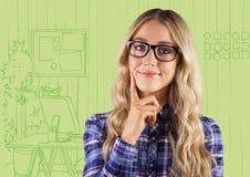 Χιλιετής γυναίκα που σκέφτεται ενάντια στο πράσινο συρμένο χέρι γραφείο ελεύθερη απεικόνιση δικαιώματος
