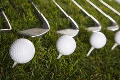 χλόη γκολφ οδηγών σφαιρών Στοκ Εικόνα