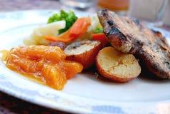 χοιρινό κρέας γευμάτων μπριζολών Στοκ φωτογραφία με δικαίωμα ελεύθερης χρήσης