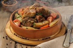 Χοιρινό κρέας και πατάτα στοκ φωτογραφίες με δικαίωμα ελεύθερης χρήσης