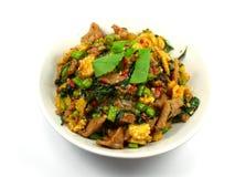 Χοιρινό κρέας με το βασιλικό και το ρύζι στοκ φωτογραφία με δικαίωμα ελεύθερης χρήσης