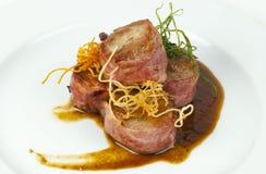 Χοιρινό κρέας με το μπέϊκον Στοκ εικόνα με δικαίωμα ελεύθερης χρήσης