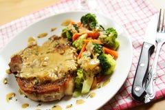 χοιρινό κρέας μπριζολών στοκ φωτογραφίες