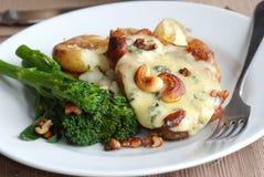 χοιρινό κρέας μπριζολών stilton Στοκ εικόνες με δικαίωμα ελεύθερης χρήσης