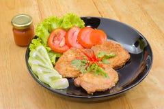 Χοιρινό κρέας μπριζόλας με τα λαχανικά Στοκ Φωτογραφίες