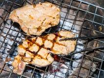 χοιρινό κρέας που ψήνεται Στοκ φωτογραφία με δικαίωμα ελεύθερης χρήσης
