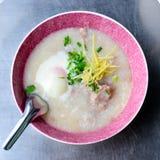 Χοιρινό κρέας Congee & x28 Κομματιάστε Joke& x29  στοκ εικόνες