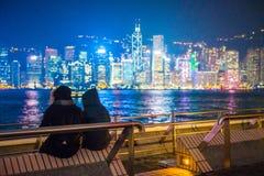 Χονγκ Κονγκ - 10 Ιανουαρίου 2018: Τουρίστες που χαλαρώνουν γύρω από Βικτώρια Στοκ Φωτογραφίες