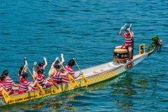 Χονγκ Κονγκ παραλιών του Stanley φυλών φεστιβάλ βαρκών δράκων Στοκ εικόνα με δικαίωμα ελεύθερης χρήσης