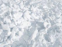 Χοντρά κομμάτια χιονιού του πάγου, χειμερινό υπόβαθρο στοκ φωτογραφία