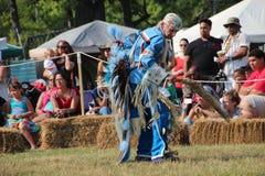 Χορευτές αμερικανών ιθαγενών στην pow-καταπληκτική επιτυχία Στοκ φωτογραφία με δικαίωμα ελεύθερης χρήσης