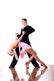 Χορευτές στην αίθουσα χορού στην ενέργεια Στοκ φωτογραφίες με δικαίωμα ελεύθερης χρήσης