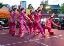 Χορευτές στην αγορά νύχτας chinatown Στοκ Εικόνα