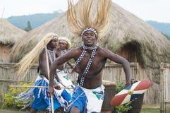 Χορευτές Intore στοκ εικόνες