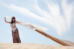 χορευτής κοιλιών στοκ φωτογραφία με δικαίωμα ελεύθερης χρήσης