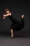 Χορευτής κοριτσιών στο φόρεμα τανγκό Στοκ φωτογραφία με δικαίωμα ελεύθερης χρήσης
