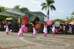Χορευτής ομπρελών από την Ταϊβάν στοκ φωτογραφία