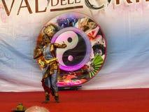 Χορευτής στο φεστιβάλ της Ανατολής στη Ρώμη Ιταλία Στοκ Φωτογραφίες