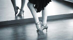 Χορευτής χορού αιθουσών χορού Στοκ εικόνα με δικαίωμα ελεύθερης χρήσης